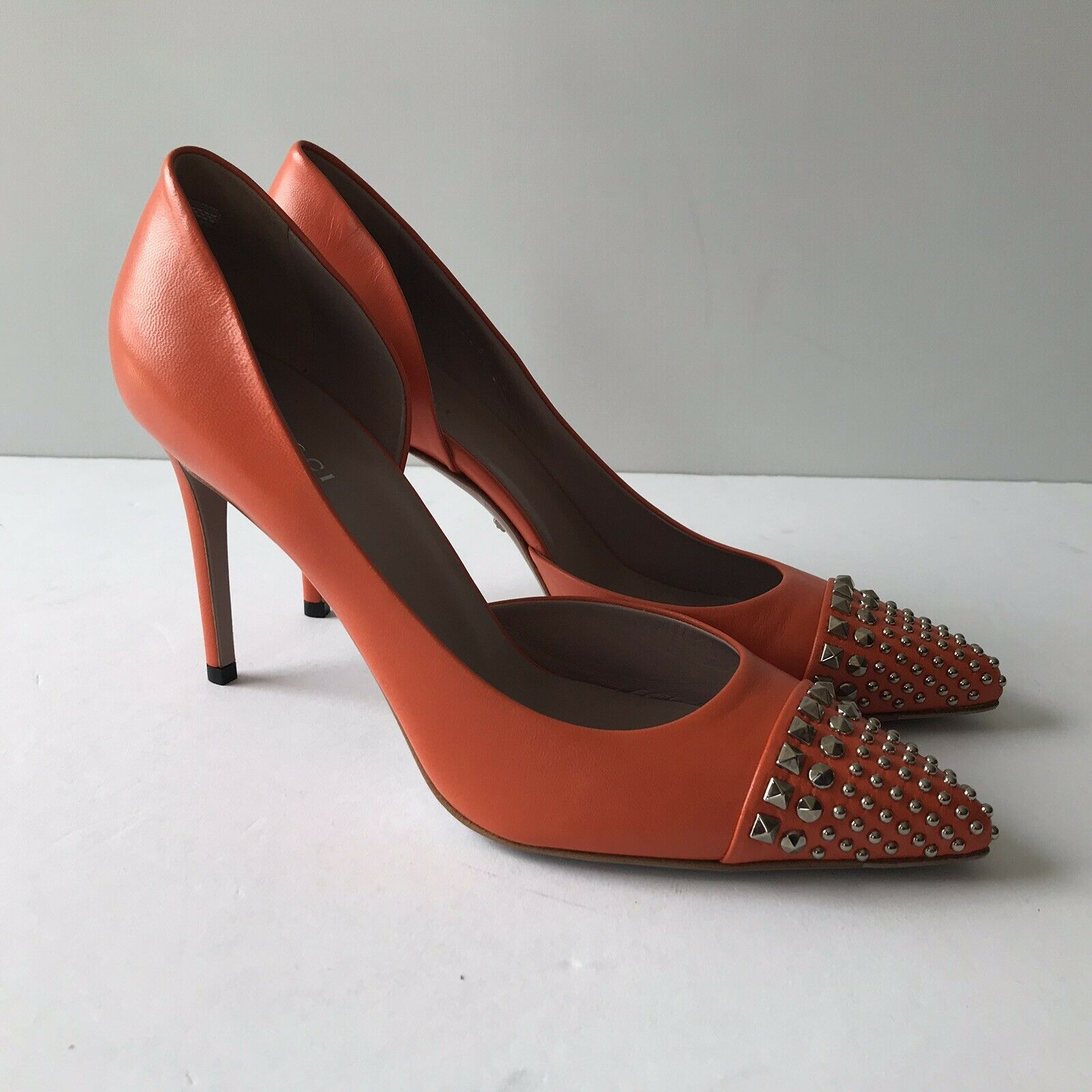 Primary image for W-1705105 New Gucci Malaga Kid Leather Orange Studded Pumps Size 39 US 9