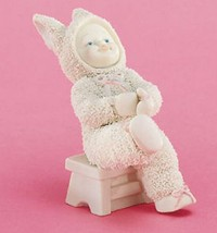 Dept 56 Snowbunnies 'I Can Do It Myself' Figurine # 26302 - $19.79