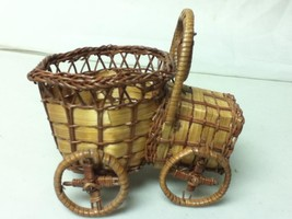 Vintage, Handcrafted, 6in x5in x4in Figural Wicker Automobile Planter - $7.55