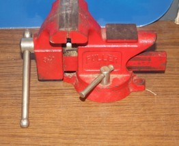 "Fuller 3 1/2"" Rotating Bench vise - $45.00"