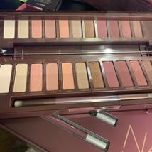 Naked Cherry Vault With Palette 2x 24/7 Eye Pencil + 3x Lipsticks Yum Yum image 3