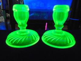 Gorgeous VINTAGE Candlesticks Heavy GREEN VASELINE URANIUM GLASS 2 pcs G... - $37.15