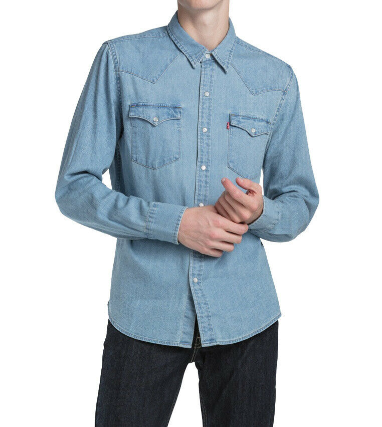 Levi's Men's Classic Barstow Western Casual Denim Light Wash Dress Shirt