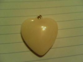 Ivory heart2 thumb200