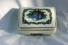Heritage House 1985 Christmas Melodies Silver Bells Musical Trinket Box - $11.77