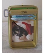 Hallmark Keepsake Tabby Treats Picture Frame Christmas Ornament 2009 New... - $5.99