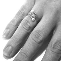 18K WHITE GOLD MAGICWIRE BAND RING, ELASTIC WORKED MULTI WIRES, PEARLS, SNAKE image 3