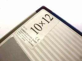 Konica10x12 2 thumb200