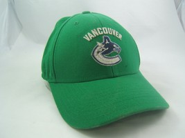 Vancouver Canucks NHL Hockey Reebok Hat Green Hook Loop Baseball Cap - $14.95