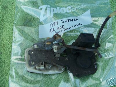 1986-1989 ACURA INTEGRA RIGHT REAR POWER DOOR LATCH
