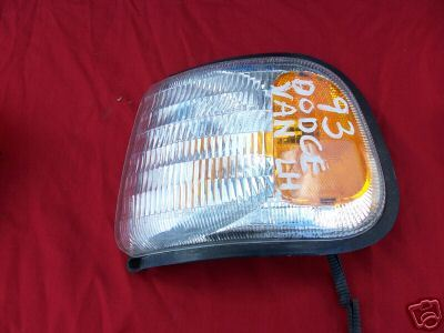1986-1993 DODGE VAN PARKLAMP - LEFT SIDE-DRIVER
