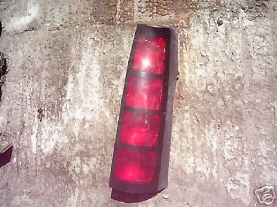 1990-1993-SILHOUETTE-TAIL LAMP-RIGHT SIDE (PASSENGER)