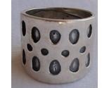 Ring spots thumb155 crop