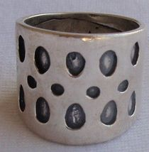 Spots ring A - $30.00
