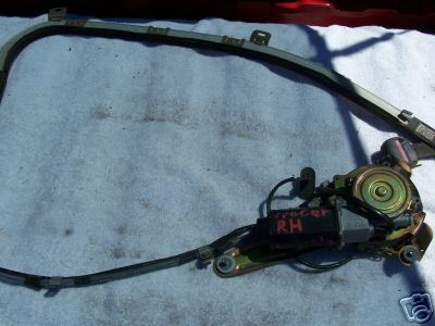 1993 TRACER RIGHT SIDE SEAT BELT MOTOR