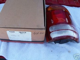 1998 2001 Explorer/Mountaineer R/S Tail Light - $31.98