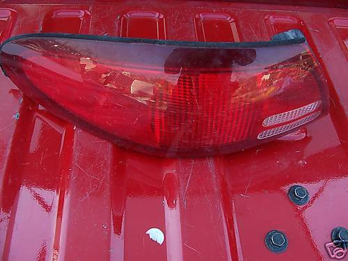 Primary image for 1998-2002 escort left rear taillight assembly