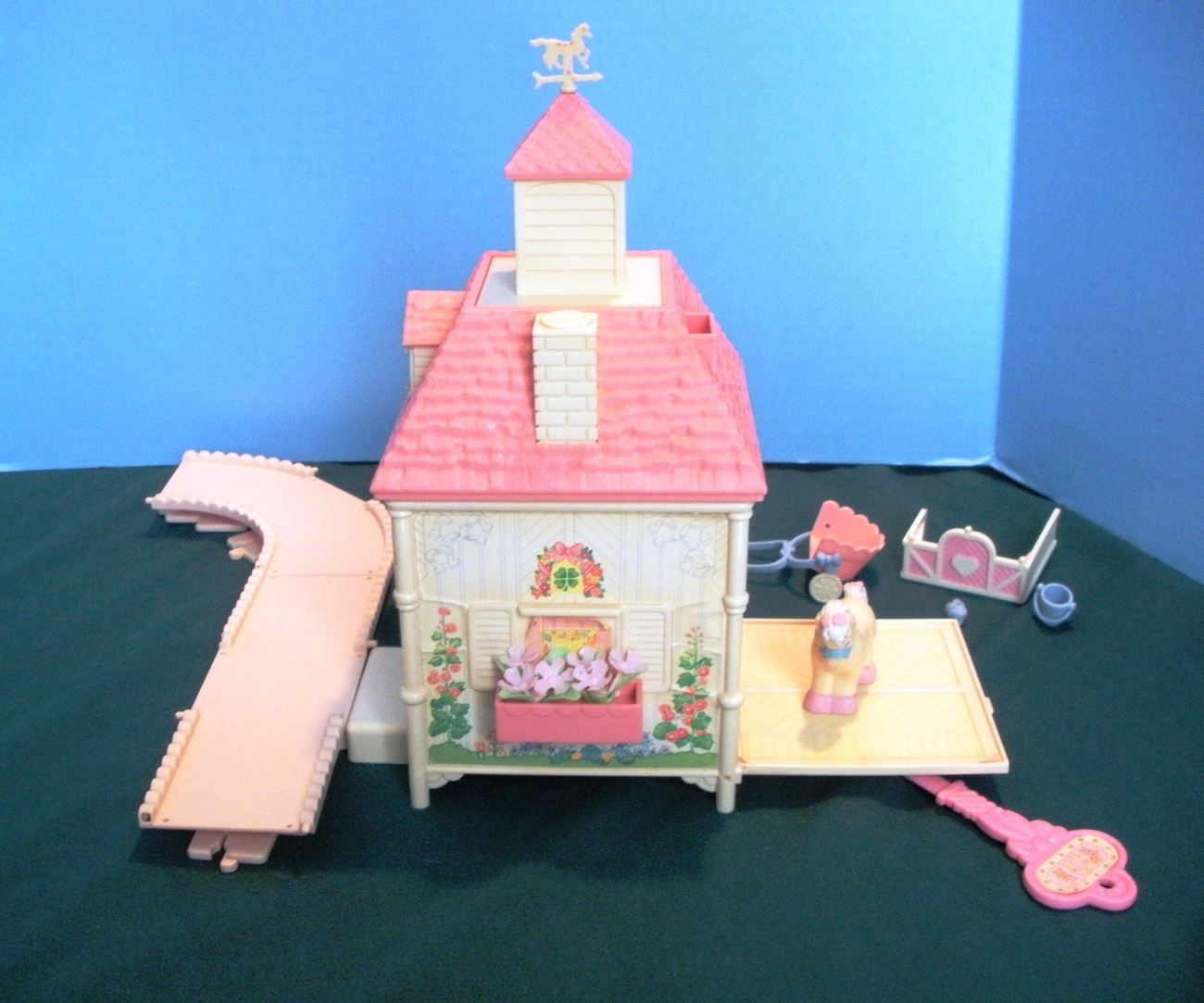 Vintage Fisher Price Precious Places #5152 Blue Ribbon Pony Stable COMP/VG+