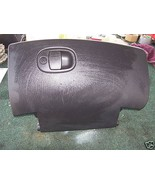 2000-2001 saturn glove box assembly with latch - $18.30