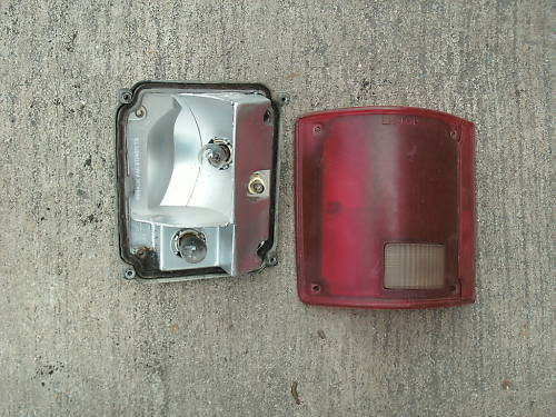 73-91 chevy truck/gmc left side taillight assembly