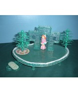 Fisher Price Precious Places #5187 Ice Castle Skating Pond COMPLETE/EXC++! - $24.99