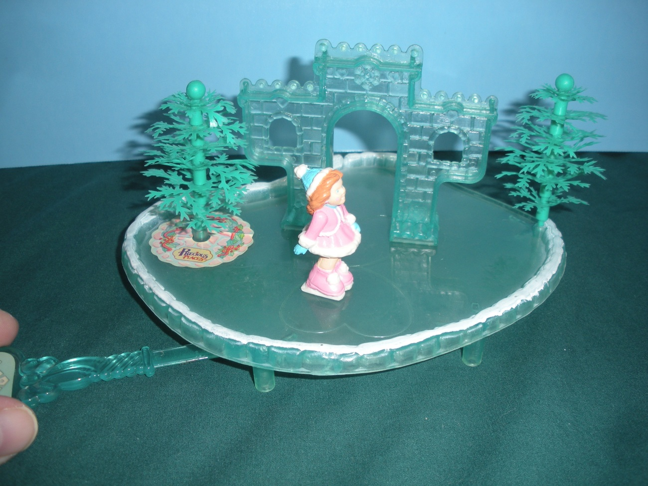 Fisher Price Precious Places #5187 Ice Castle Skating Pond COMPLETE/EXC++!