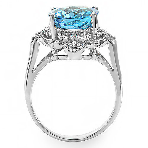 4 ct Blue Topaz and Diamond Ring in Solid 14k gold