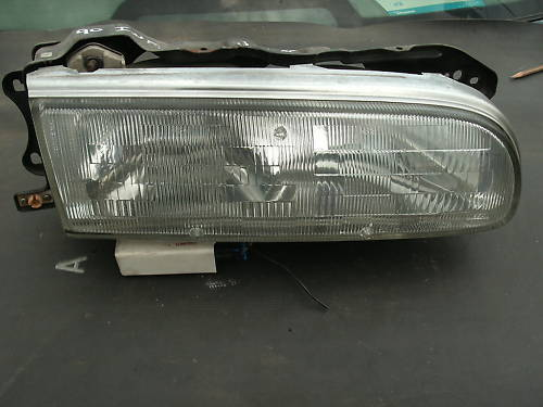 90-93 infinity Q45 right side headight assembly