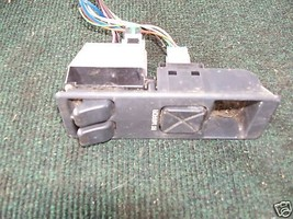 91-94 saturn 2 dr master window switch in console - $18.30