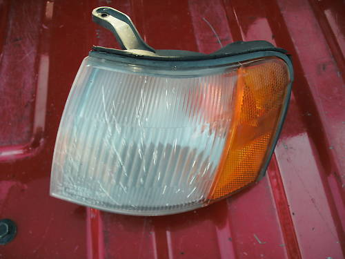 91-94 tercel left side front parklamp assembly