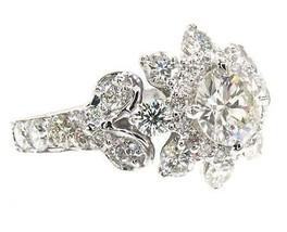 18k Gold 1.90 ct Flower Diamond Ring - $8,453.00