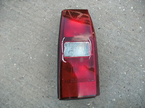 91-96 tracer SW left side taillight assembly