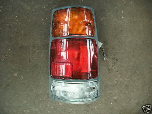 91-97 rodeo/94-97 passport right side taillight assemb