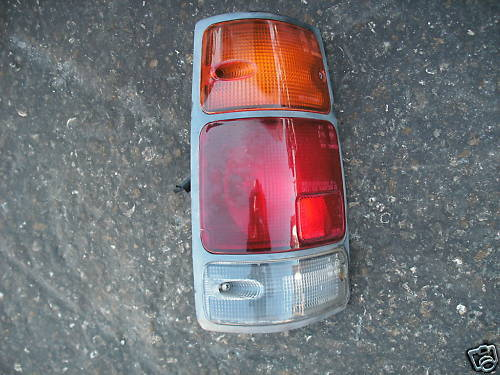 91-97 rodeo left side taillight assembly