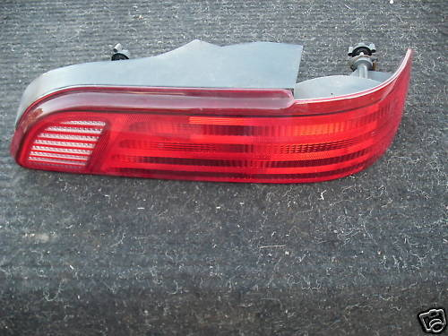 92-95 taurus right/passenger  side taillight assembly