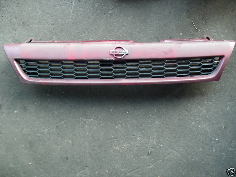 Primary image for 93-94 altima grille painted red or maroon
