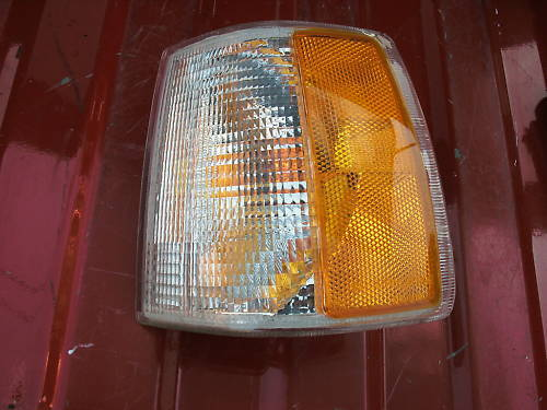 93-94 volvo 850 parklamp assembly left side