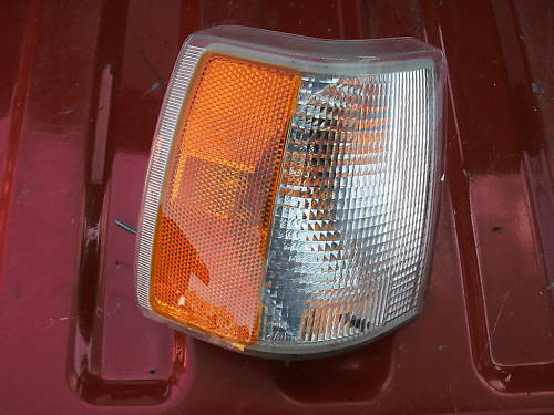 93-94 volvo 850 parklamp assembly right side
