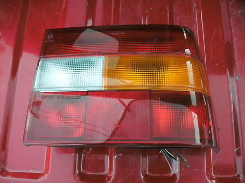 93-94 volvo 850 right side taillight assembly