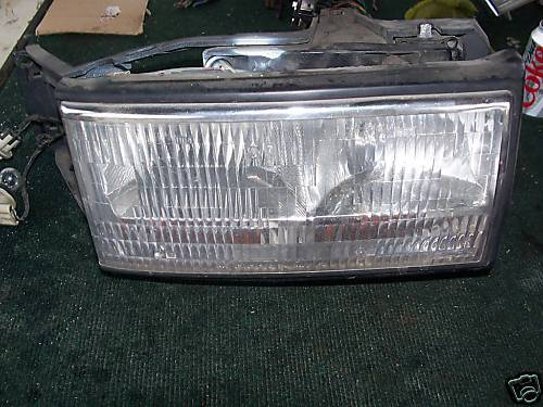 Primary image for 94-95-96 deville right side headlight assembly