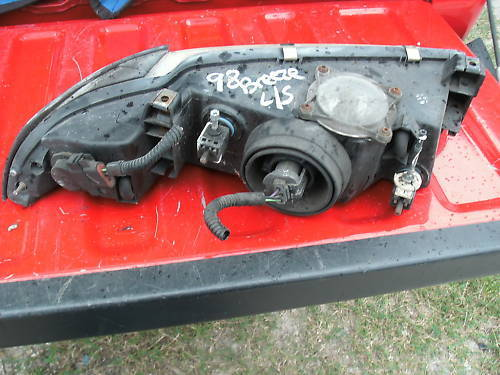 95-00 breeze/cirrus/stratus left (driver) side headlamp