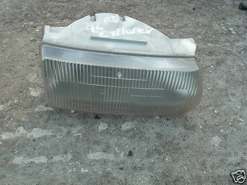 95-01 explorer right side headlight assembly