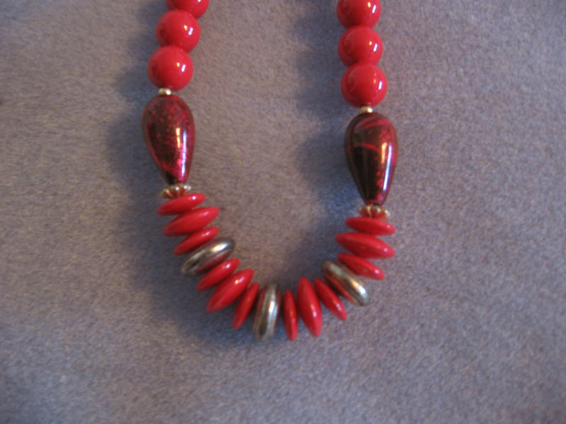 Vintage 1960's RED Beads- Great for Christmas or Valentine's Day!