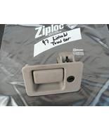 95-97 glove box latch assembly - $13.73