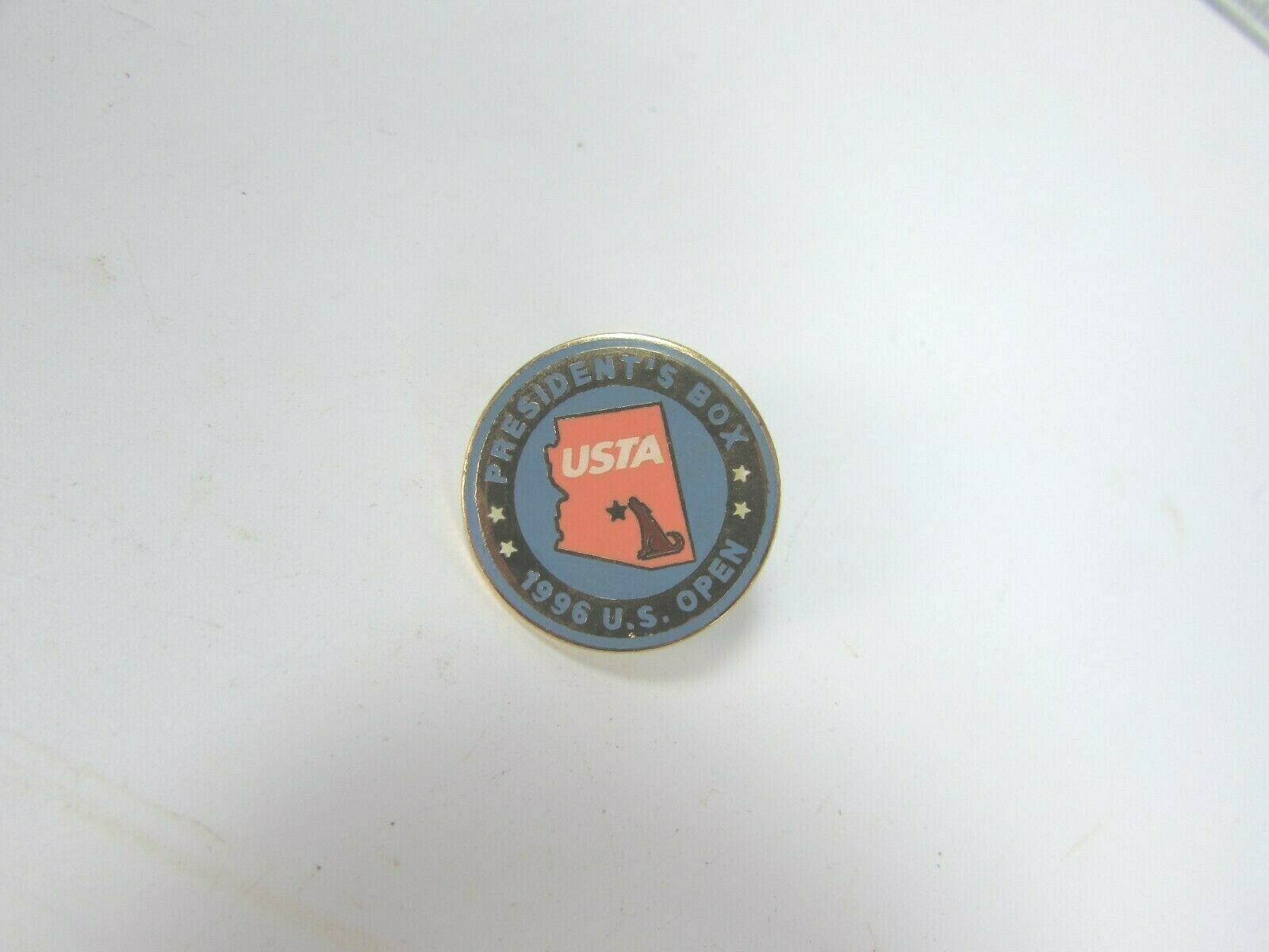 VINTAGE U S Open USTA Lapel Pin Presidents Box Tennis 1996 30518 image 1