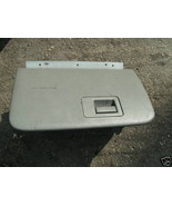 96-97-98 explorer glove box assembly with latch - $18.30