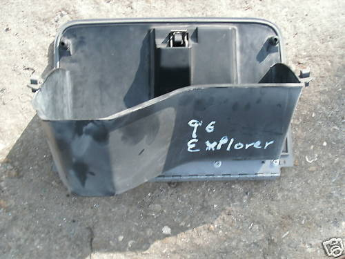 96-97-98 explorer glove box assembly with latch