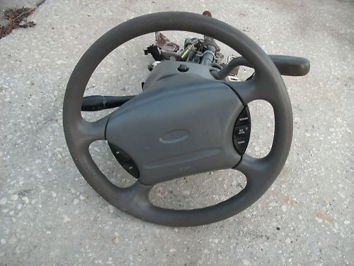 96-99 taurus/sable steering coulmn complete with key