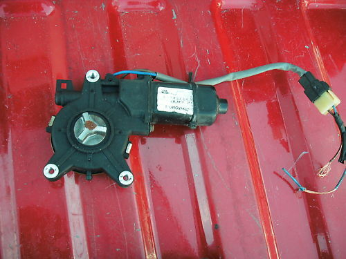 97-01 leganza right (passeger) front window motor