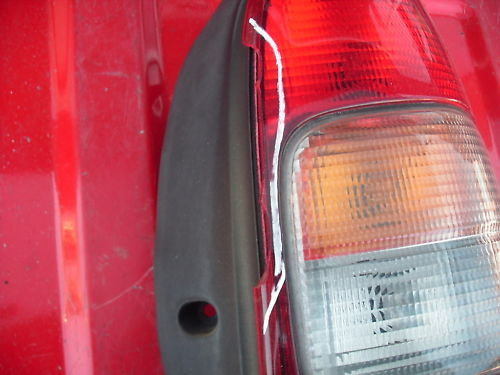 97-05 venture/silhouette van right (pass)side taillight